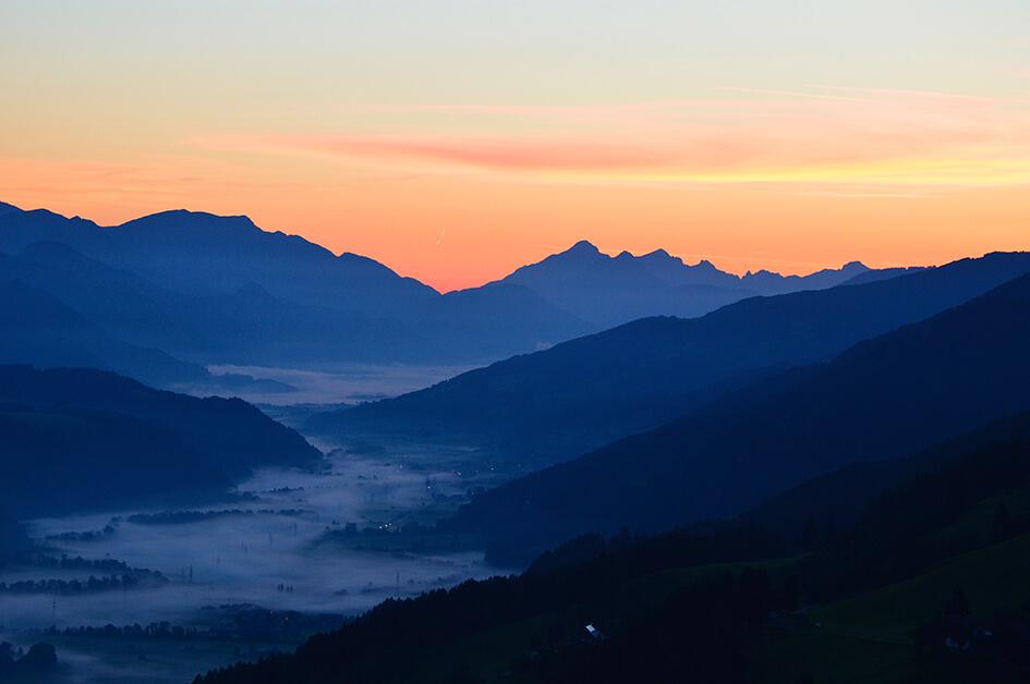 Morgenrot über dem Ennstal